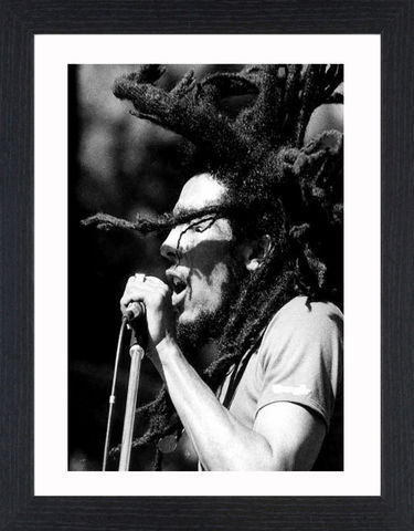 Bob,Marley,-,01,Picture, Photo, Photograph, Print, Framed Photograph,  Icon, B&W, Bob Marley,  Robert Nesta Marley, Jamaican,  singer-songwriter, musician, rhythm guitarist, lead singer, ska, rocksteady, reggae, Bob Marley & The Wailers, reggae music, Rastafari, I Shot t