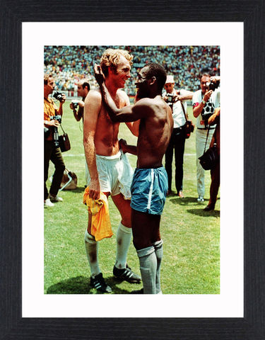 Bobby,Moore,&,Pele,-,01,Picture, Photo, Photograph, Print, Framed Photograph,  Icon, B&W, Bobby Moore, Pele, Football, World Cup, England, Brazil, 1970