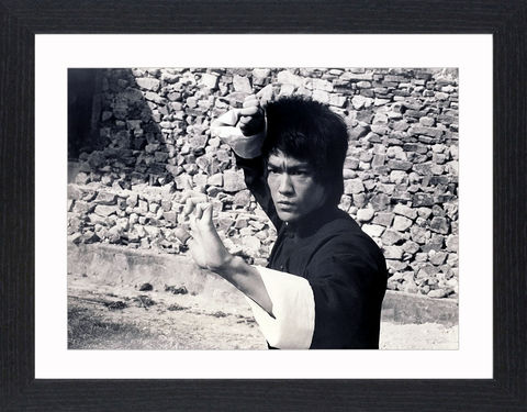 Bruce,Lee,-,07,Picture, Photo, Photograph, Print, Framed Photograph, Pop Art, Icon, Black&White, B&W, Black & White, Bruce Lee, martial arts, philosopher, film director, film producer, screenwriter, Jeet Kune Do, pop culture, pop culture icon, The Big Boss,  Fist of Fur