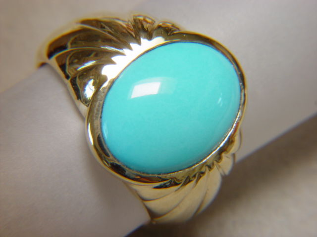 Sleeping Beauty Turquoise in Heavy 18 Karat Gold Ring - product images  of