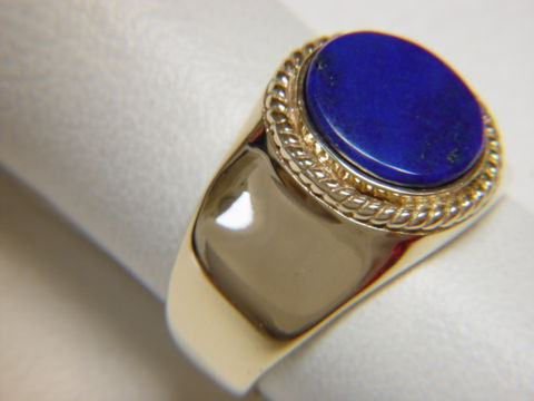 Lapis,Lazuli,set,in,Heavy,14,Karat,Gold,Ring,Gold Ring, man's ring, Men's ring, Gold and Lapis, Custom Gold Rings, Turquoise Inlay. Arizona, Navajo, Designer, 18 Karat gold, Lapis Lazuli
