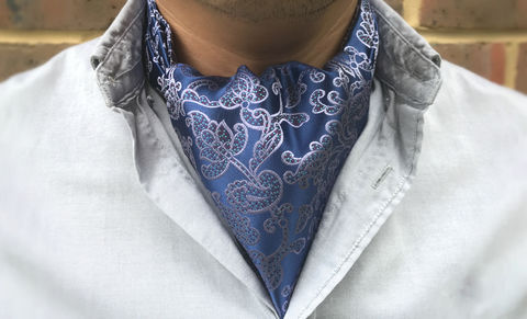 HYPNOS,botanical silk cravat, lilac lavender purple silk cravat, purple silk cravat, woven silk ascot tie, woven silk cravat, botanical pattern, botanical design ascot tie, ascot ties online, silk cravats for men