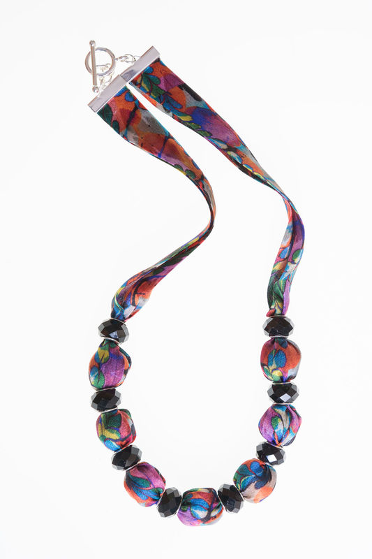 Glendurgan Short Necklace with Small Beads - product image