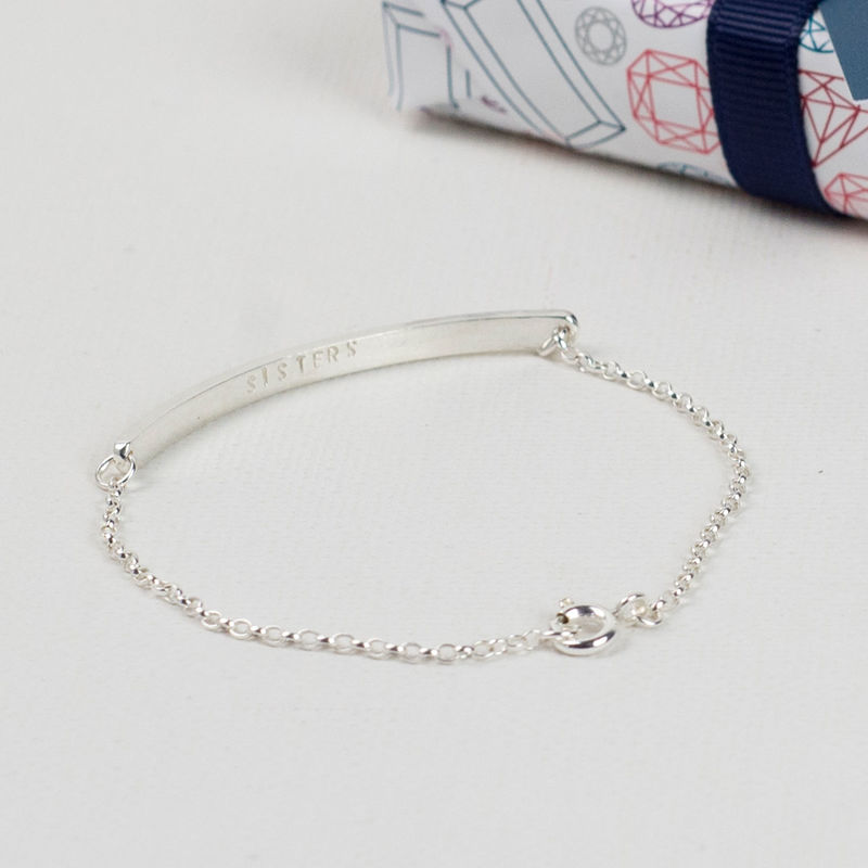 personalised material au main classic bracelet bar name product