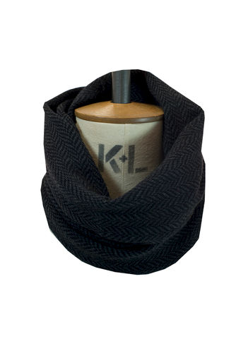 Herringbone,patterned,tubescarf,in,finest,Italian,merino.,Charcoal,grey,and,black.,merino, scarf, scarves, cycling