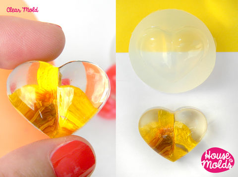 Puffed,Heart,Clear,Mold,-24,mm,x,29,flat,back-great,as,pendant,or,ring,top-super,shiny,surface!,Supplies,mold,handmade,cabochon_mold,mold_resin,jewellery,diy,fimo_mold,jewellery_mold,craft,etsyitaliateam,clear_mold,mold_for_jewellery,silicone_mold,SILICONE RUBBER