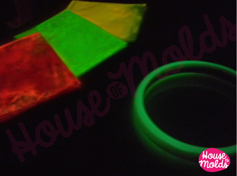 Bicolor Glow In The Dark Pigments For Resin Colour Kit Of