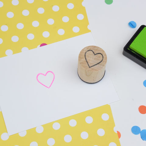 Handmade,Heart,Mini,Stamp,Supplies,Scrapbooking,stamp,rubber_stamp,stamping,gift_wrapping,card_making,decorating,planner,decorative,retro,round,heart,romance,wedding,gel,light,time,wood