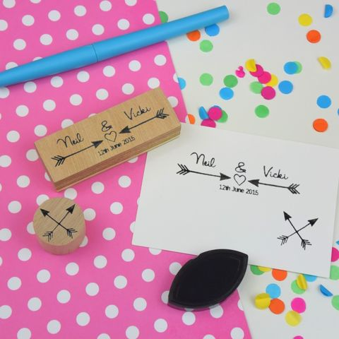 Custom,or,Personalised,Arrows,Couple,Stamp,Supplies,Scrapbooking,stamp,uk,cards,stationery,embellishment,personalized,custom,customized,valentine,wedding,anniversary,wooden,arrows,gel,image,light,time