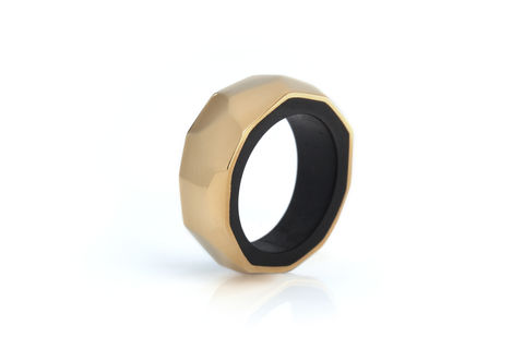 Blackwood,and,22ct,yellow,gold,ring,-,to,order,only,wooden ring, gold ring, blackwood, faceted