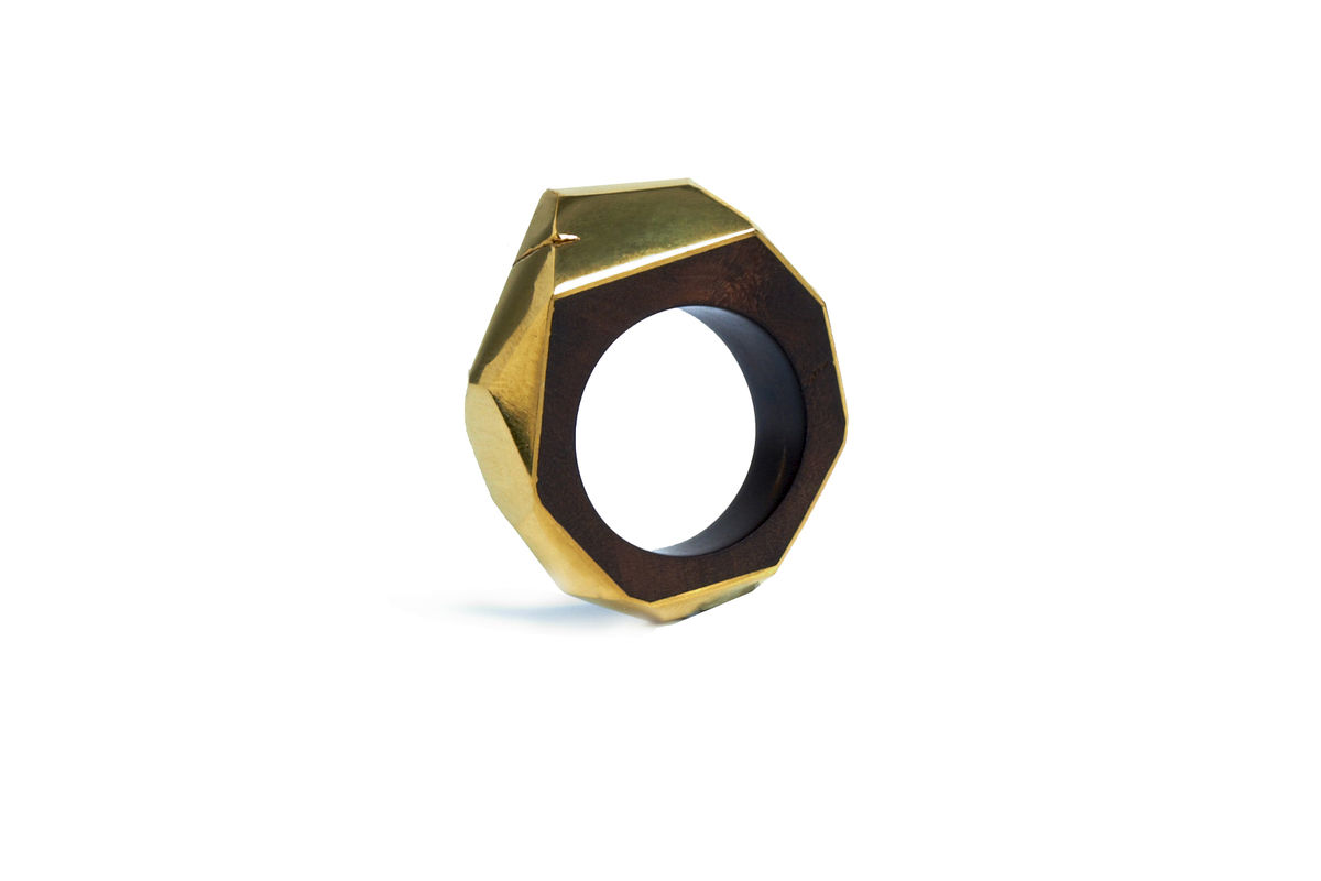 Teak root and gold ring - product image