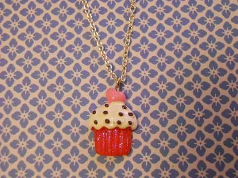 Glitter,Cupcake,Necklace,Super kawaii food white cake glittery cupcake pendant silver gold necklace chain cute pendant