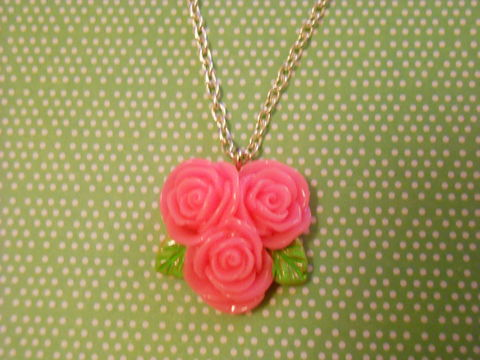Triple,Dark,Pink,Rose,Necklace,Super kawaii love dark pink triple rose flower pendant silver gold necklace chain cute pendant