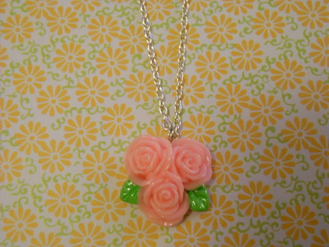 Triple,Pink,Rose,Necklace,Super kawaii love pink triple rose flower pendant silver gold necklace chain cute pendant