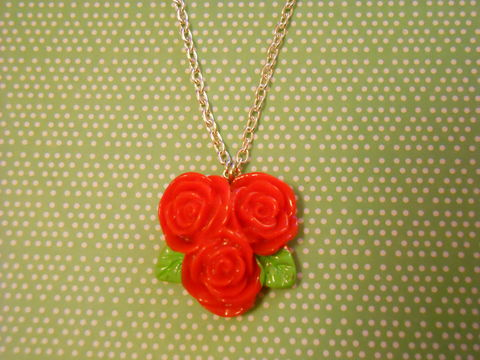 Triple,Red,Rose,Necklace,Super kawaii love red triple rose flower pendant silver gold necklace chain cute pendant
