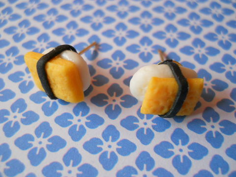 Tamago,Nigiri,Egg,Sushi,Earrings,harajuku kawaii yellow white tamago egg sushi roll food stud earrings