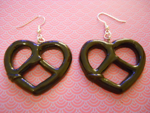 Black,Pretzel,Earrings,Super kawaii food large black pretzel shape silver earrings cute