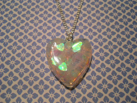 Translucent,Green/White/Pink,LoveHeart,Necklace,Super kawaii love shiny heart shaped resin filled with pink and red glitter pendant silver gold necklace chain cute pendant
