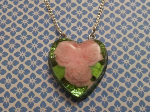 Light,Green,Glitter,Baby,Pink,Rose,Sweetheart,Necklace,Sweetheart-shaped resin necklace pendant filled with light green glitter strands and also featuring a cute baby pink rose kawaii charm. pendant silver gold necklace chain cute pendant