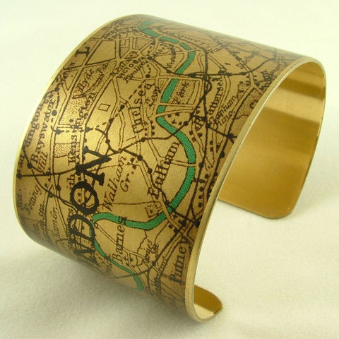 Vintage,London,Map,with,the,River,Thames,Brass,Cuff,Jewelry,Bracelet,england_london_uk,british_bracelet,london_england,steampunk_cuff,love_london,map_jewelry,vintage_map_london,river_thames,turquoise_blue,traveller_travel,railroads,roads_streets,queens_jubilee,brass,handmade,decoupage,art,paper,vintag