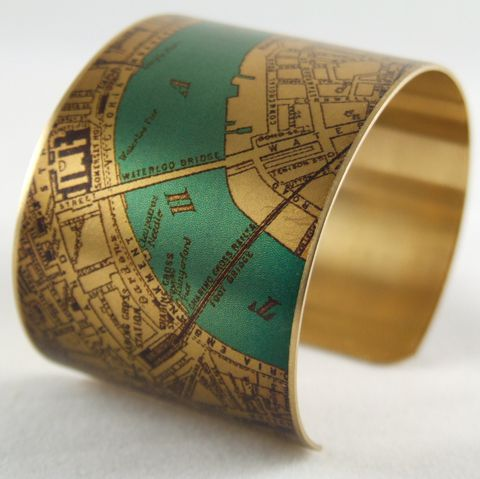 Antique,London,Bridge,Map,with,the,River,Thames,Brass,Cuff,Jewelry,Bracelet,england_london_uk,british_bracelet,london_england,steampunk_cuff,love_london,map_jewelry,vintage_map_london,river_thames,turquoise_blue,traveller_travel,railroads,roads_streets,queens_jubilee,brass,handmade,decoupage,art,paper,vintag