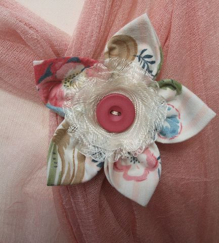 'Blossom',Vintage,Cotton,Brooch,vintage cotton,fabric brooch, floral, crimson, bobbie's boutique
