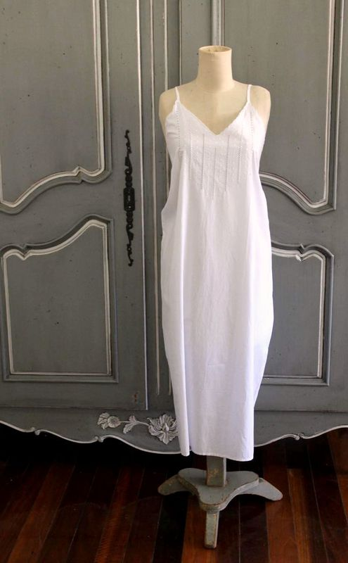 Hand embroidered cotton nightie - white spots - product images  of