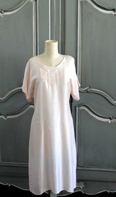 Hand embroidered silk nightie - pink flowers - product images  of