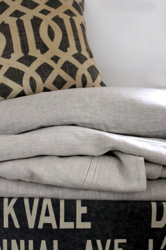 Natural linen bedding - product images  of