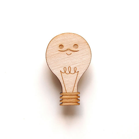 Light,Bulb,-,Wooden,Badge,/,Pin,Brooch,Accessories
