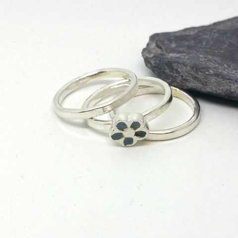 Sterling,Silver,Flower,Stacking,Rings,MaisyPlum, sterling silver rings, stacking rings, enamel stack rings, artisan jewelry, daisy stacking rings, enamel jewellery, flower rings, rings with enamel, handcrafted silver jewellery, handmade enamel jewellery, handmade stacking rings, ring set