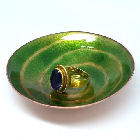 Green,Swirl,Enamel,Ring,Bowl,MaisyPlum, green ring dish, green ring bowl, enamel bowls, round bowl, trinket dishes, coin tray, gift for men, gift for the home, patterened dish,