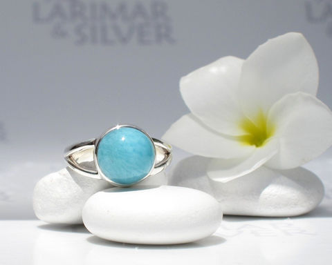 Larimar,ring,size,6.75,,Turquoise,Ocean,-,azure,round,,aqua,,turquoise,dot,,Caribbean,blue,,motled,,handmade,Larimar ring, Larimar round ring, larimar jewelry, aquamarine ring, turquoise round ring, mermaid ring, aqua ring, little mermaid ring, turquoise dot ring, teenage girl ring, Caribbean blue ring, blue dot ring, topaz blue ring, 925 sterling silver, blue P