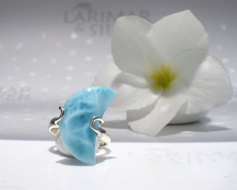 Larimar,moon,ring,size,7.5,-,Isis,Moon,Larimar ring, Larimar moon, larimar moon ring, blue moon ring, blue crescent ring, Larimar crescent, crescent moon, isis moon, moon goddess, mermaid moon, selene ring, blue pectolite, Larimar stone ring, mermaid ring, sea moon, larimarandsilver ring