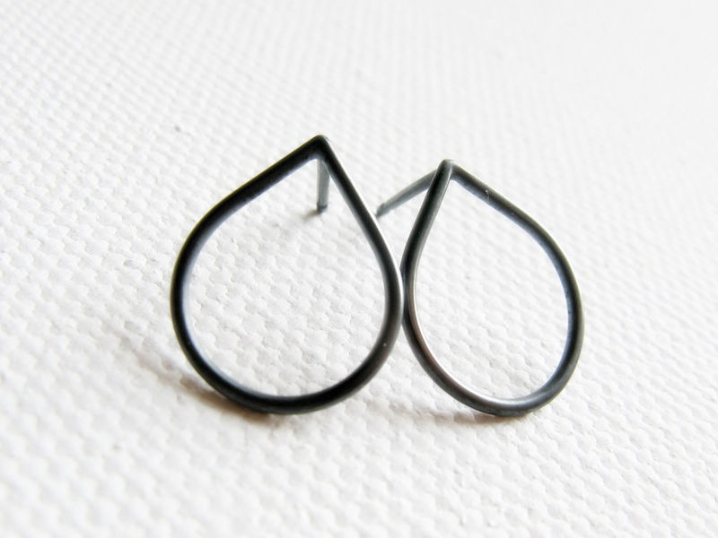 Oxidized  RainDrop silver stud, simple sterling silver post earrrings - product images  of