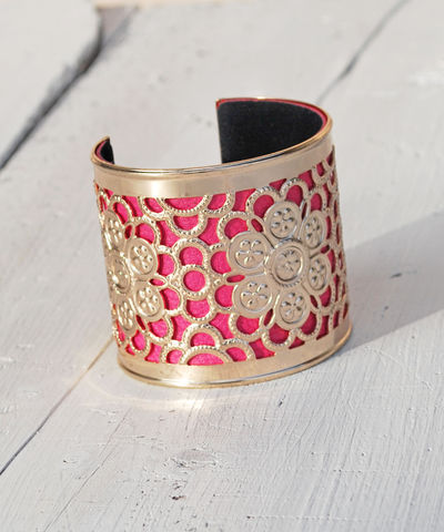 Gold,Lace,&,Pink,Bangle