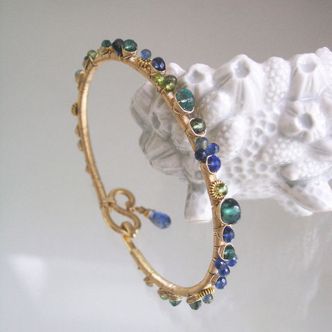 Blue,Sapphire,Bangle,,Gold,Filled,Wire,Wrapped,Bracelet,,Kyanite,,Emerald,,Green,Apatite,,Tourmaline,,Jewelry,Bracelet,Blue_Sapphire_Bangle,Gold_Filled_Bracelet,Original_Design,Wire_Wrapped,Wire_Bracelet,Kyanite_Bracelet,Emerald_Bangle,Green_apatite_Bangle,tourmaline_bangle,signature_bangle,bellajewels,bella_jewels,artist_made,14k gold filled wire,vermeil