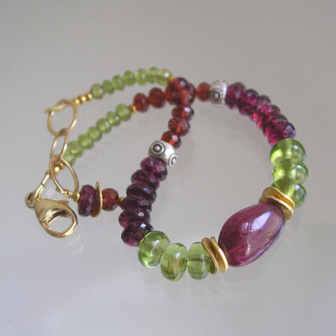 Tourmaline,Beaded,Bracelet,,Peridot,Layering,Skinny,Jewels,,Mixed,Metal,,Rhodolite,Garnet,,Vesuvianite,,Original,Design,,Signature,Jewelry,Bracelet,Rhodolite_Garnet,Original_Design,Tourmaline_Beaded,Beaded_Bracelet,Peridot_Bracelet,Layering_Bracelet,Green_Gem_Bracelet,Pink_Gem_Bracelet,Bellajewels,Vesuvianite_Bracelet,Mixed_Metal_Bracelet,Gemstone_Bracelet,Skinny_Jewels,matte gold be