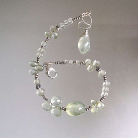 Prehnite,Sterling,Beaded,Bracelet,,Ethereal,Gemstone,Layering,Bracelet,Jewelry,Prehnite_Sterling,Beaded_Bracelet,Neutral_Color,Skinny_Jewels,Original_Design,Signature_Bracelet,Pale_Green,Gem_Bracelet,Prehnite_Bracelet,Bellajewels,Gemstone_Bracelet,Bella_Jewels,prehnite,sterling chain,sterling lobster clasp