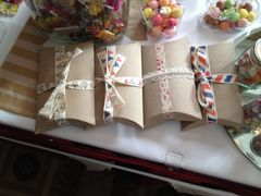 Pillow,Favour,Boxes,Wedding Favour Boxes, vintage favour box, pillow favour box, eco friendly