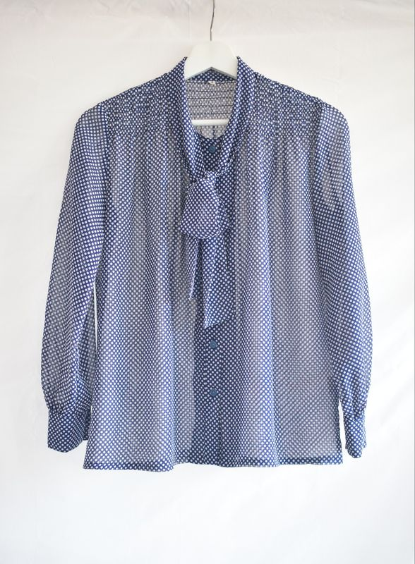 7812a16f2 Vintage Polka Dots Chiffon Georgette Long Sleeves Blouse Navy White -  product images of