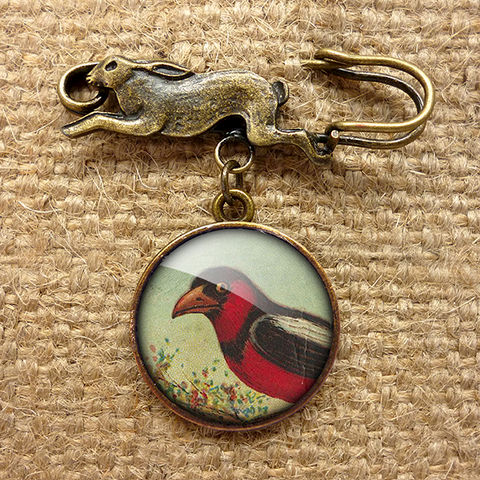 Disapproving,Bird,Hare,Pin,Brooch,(TB09),jewellery, jewelry, handmade, brass, brooch, pin, rabbit, hare, vintage, glass, cabochon, steampunk, victorian, bird