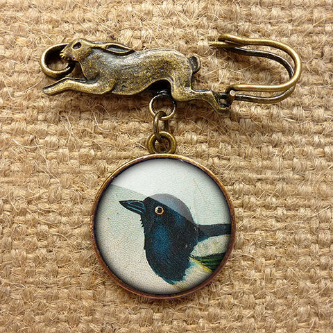 Magpie,Hare,Pin,Brooch,(TB08),jewellery, jewelry, handmade, brass, brooch, pin, rabbit, hare, vintage, glass, cabochon, steampunk, victorian, magpie, bird