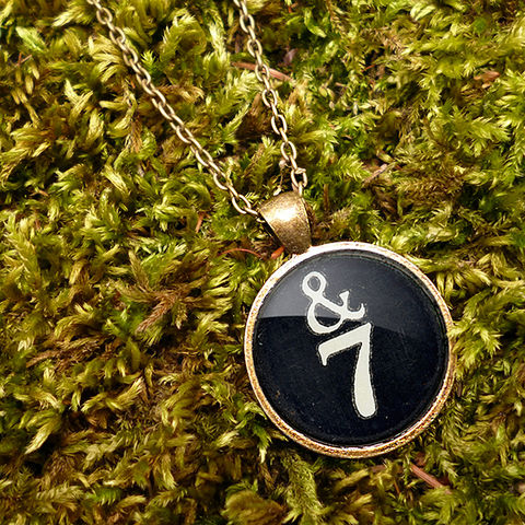 &7,Typewriter,Key,Large,Necklace,(DJ01),jewellery, jewelry, handmade, brass, necklace, vintage, glass, cabochon, steampunk, victorian, typewriter, key, black