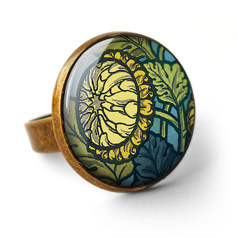 Chrysanthemum,Ring,(AN06),jewellery, jewelry, handmade, brass, ring, vintage, glass, cabochon, art nouveau, flower, chrysanthemum, yellow, blue, green