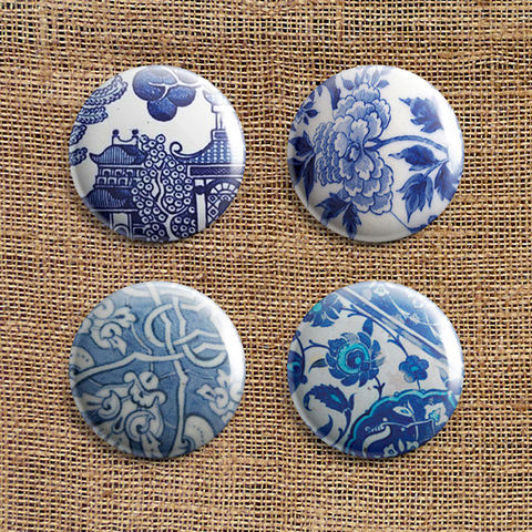 Set,Of,4,Broken,Pottery,Button,Badges,(BP),jewellery, jewelry, badge, button, pin, sea, broken, pottery, ceramic, blue, white, willow, pattern, spode, wedgwood, stocking filler
