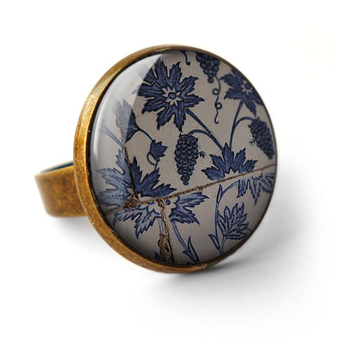 Tiles,Ring,(BP06),jewellery, jewelry, handmade, brass, ring, vintage, glass, cabochon, broken pottery, tiles, pattern