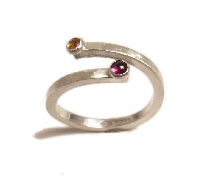 You and I a Sterling silver ring with 2 garnet cabochon gemstones - product images  of