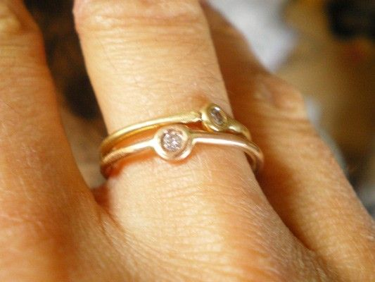 Stackable 18 ct Gold rings with diamond - made to order - product images  of