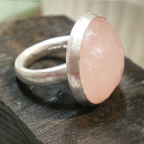 Diva,Ring,-,sterling,silver,and,large,rose,quartz,jewelry,big ring,metalwork,sterling silver,rose quartz,pink,jewellery,silversmith,cocktail,msia,uk_team,teamfrench,statement,gemstones,925,ag